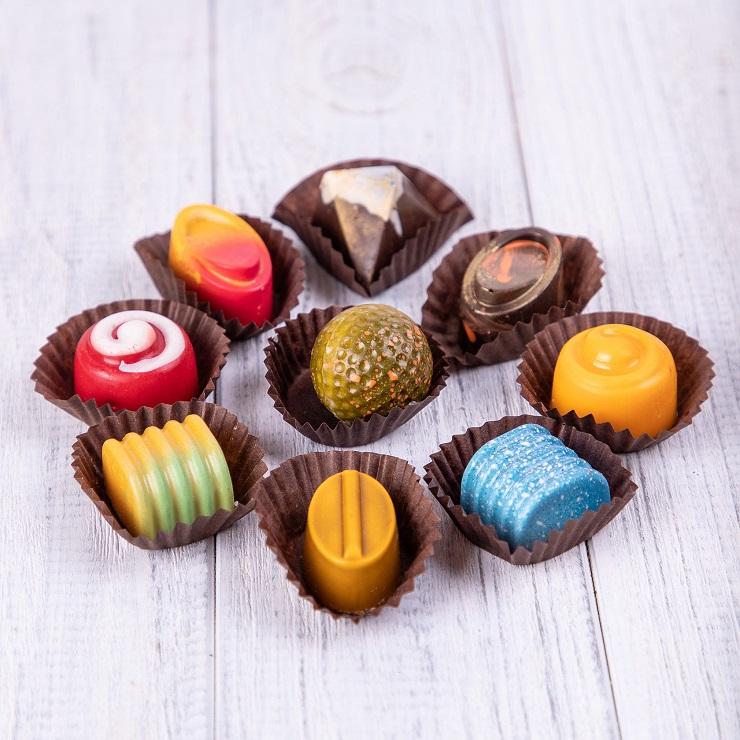 Шоколад, конфеты, выпечка и сдоба